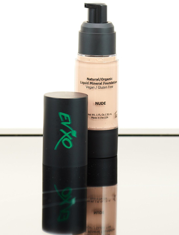 1. Natural Coverage Liquid Mineral Foundation Makeup